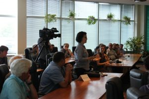 One of the journalists asks a question about the launch of ALUS in Quebec, at a press conference at the provincial UPA headquarters in Longueuil, near Montreal.